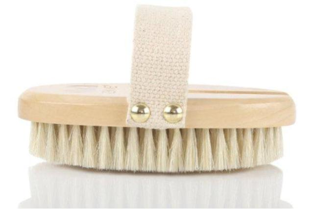 Natural dry body brushes