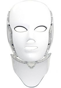 Light therapy facial mask