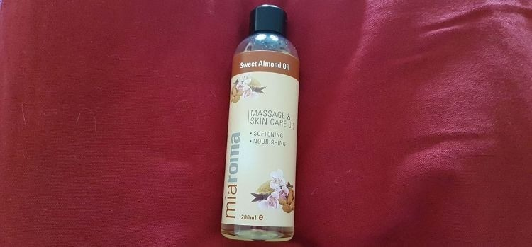 sweet-almond-oil-for-skin